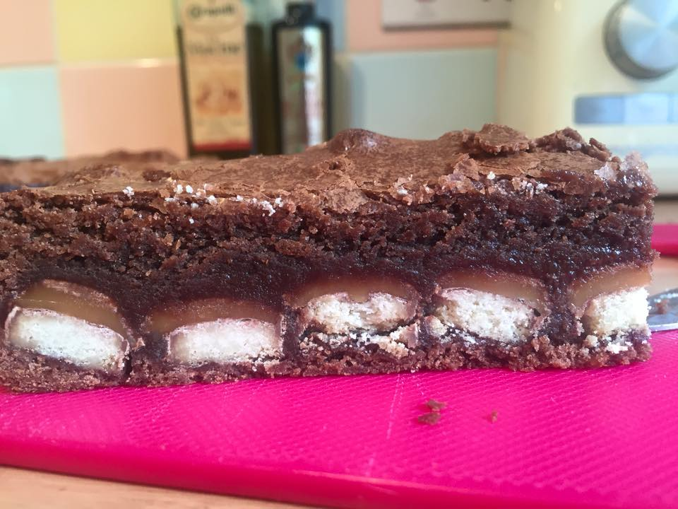 twix stuffed brownies 2